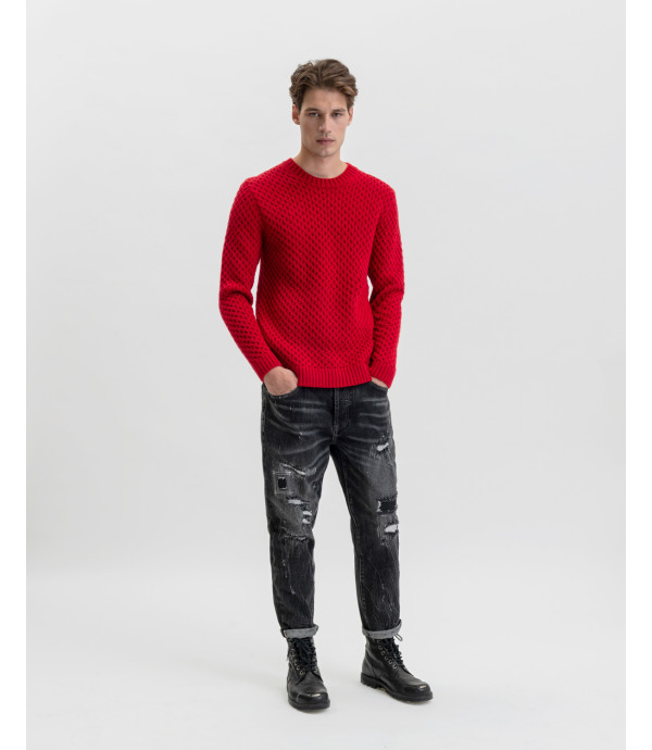 Mike95 carrot cropped jeans in black with rips and repairs