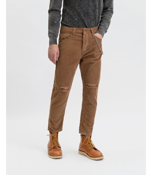 Corduroy trousers with knee rip in rust