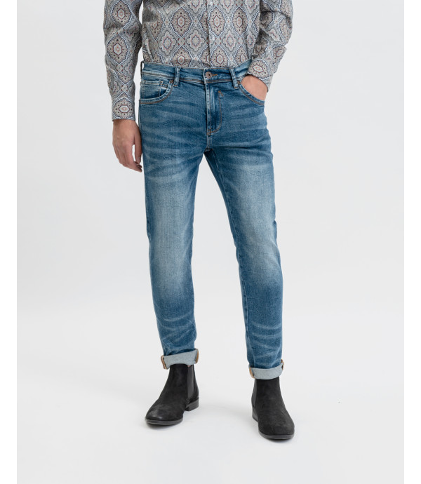 Steve super skinny jeans with whiskers and decolouration