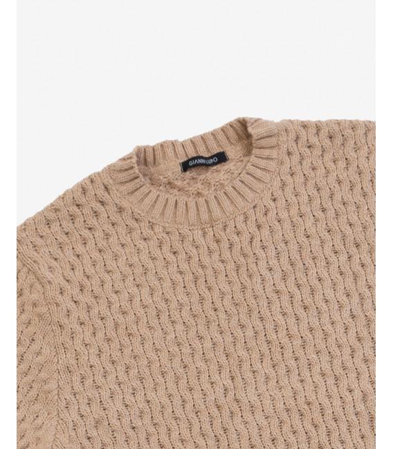 Wool blend knitted sweatwer in camel