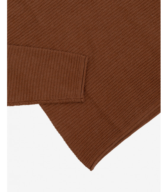Horizonal patterned sweater in brown