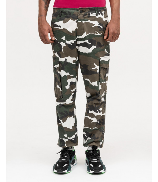 Military trousers in tech fabric