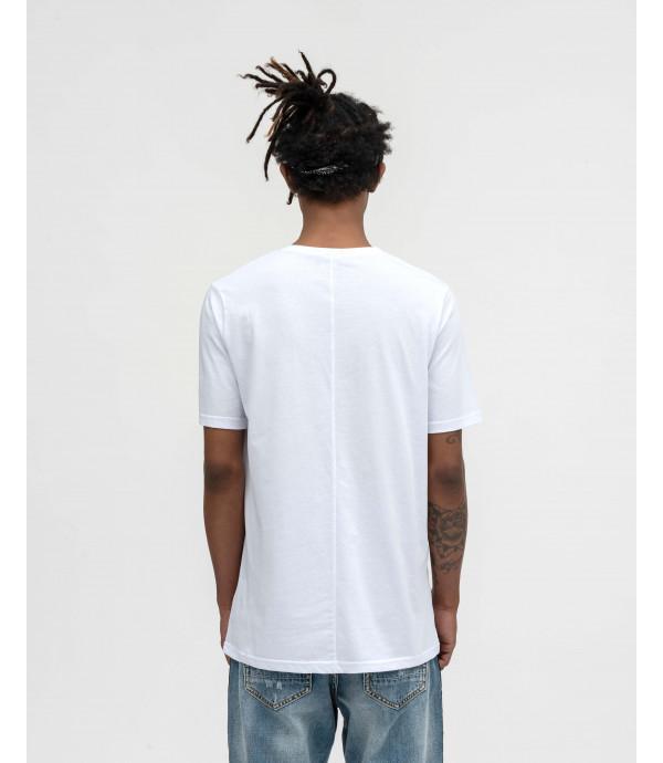 White basic t-shirt