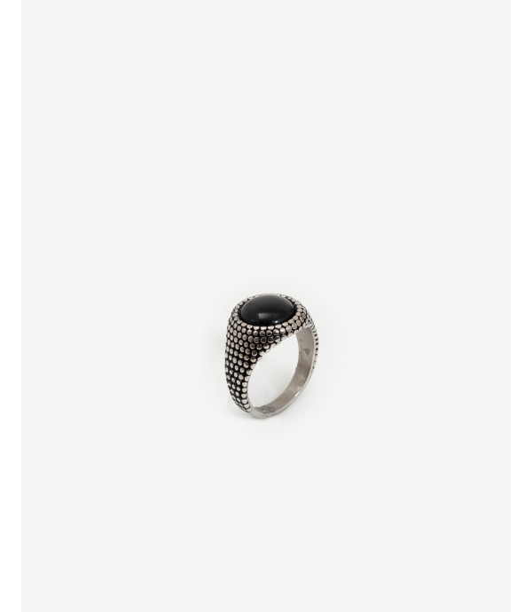 Rounded stone spike ring