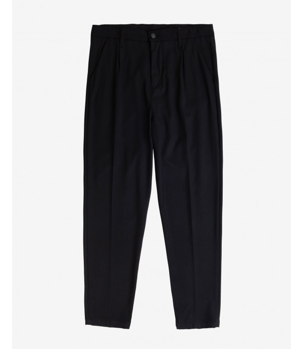Smart trousers with pleats