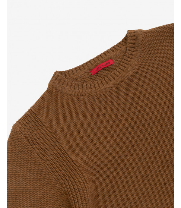 Jumper with side rib